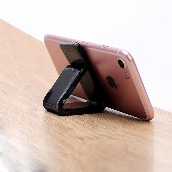 Универсална поставка за смартфон от Нано Гума